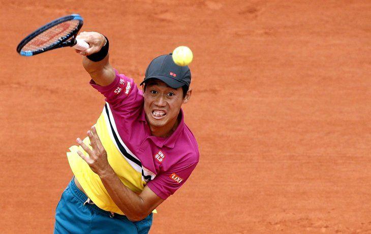 Nishikori avanzó a los cuartos de final de Roland Garros.