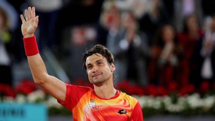 David Ferrer se emociona en el homenaje que le rinde Roland Garros