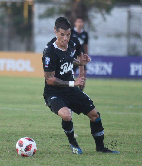 Alan Benítez es uno de los jugadores separados en Libertad.