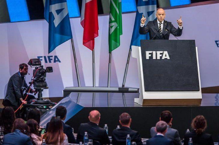 Infantino ofrece un discurso durante la celebración del 69 Congreso de la FIFA.