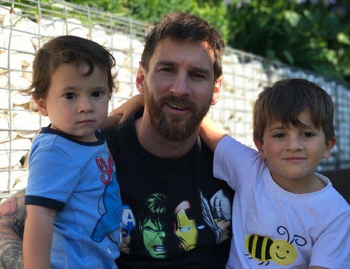 Mateo (izquierda)