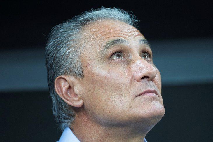 Tite podrá sustituir a Neymar si CONMEBOL considera que tiene lesión grave