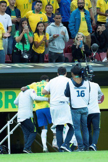 Nos preocupa Brasil igual con Neymar o sin Neymar: Eduardo Villegas