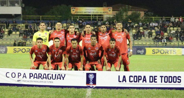 Atlético Juventud se impuso por la mínima y clasificó.
