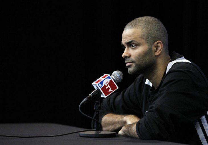 Parker se retira del baloncesto profesional.