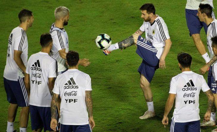 Messi durante un entrenamiento de Argentina.