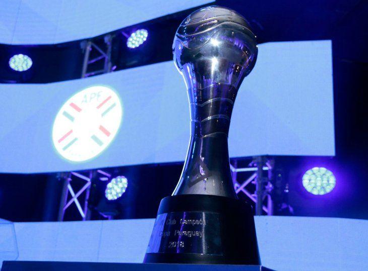 El trofeo de la Copa Paraguay 2019.