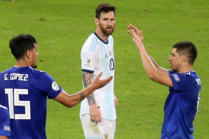 Messi marcó el gol de Argentina ante Paraguay.