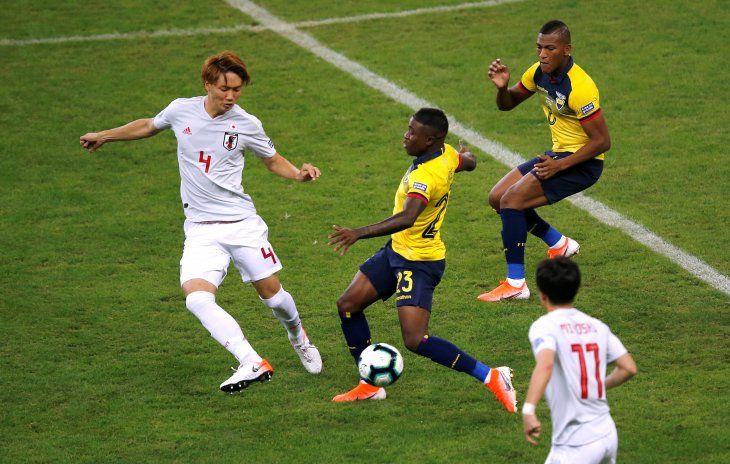 Ecuador y Japón chocan en el Mineirao de Belo Horizonte.
