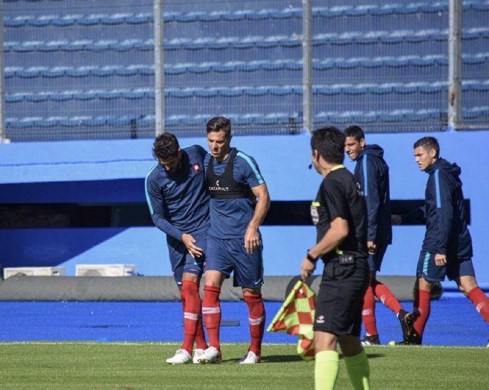 Cerro Porteño venció 2-0 a Guaraní con dos goles de Joaquín Larrivey.