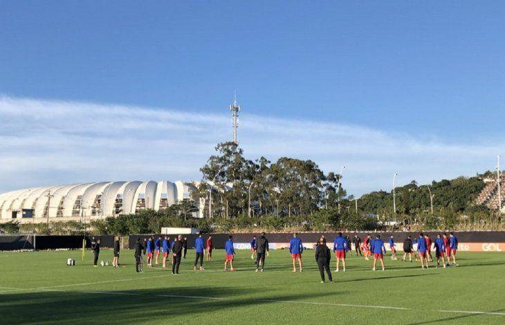 Paraguay ultimó detalles para el duelo ante Brasil.