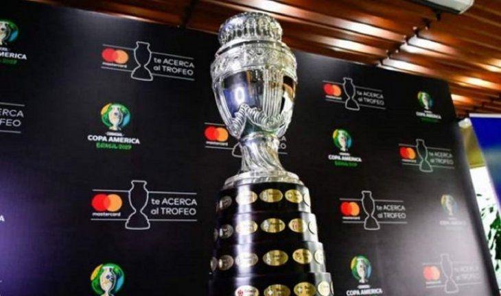 Copa América del 2020 se realizará en Argentina y Colombia.