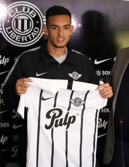 Alfio Oviedo fue presentado en Libertad.