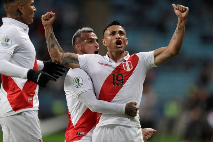 Perú elimina a Chile y se anota en la final.