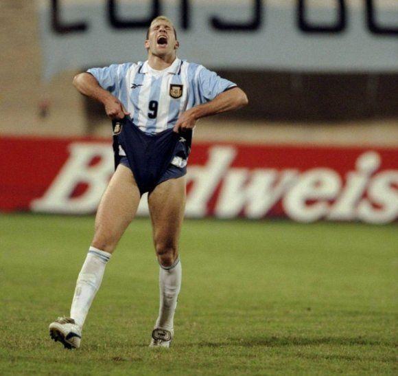 Martín Palermo falló tres penales en un partido en 1999.