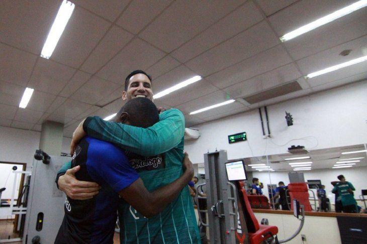 Gatito Fernández fue recibido de gran forma en el Botafogo.
