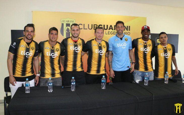 Los siete refuerzos de Guaraní fueron presentados oficialmente.
