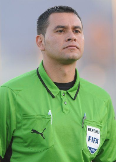 Ulises Mereles arbitrará Guaraní vs. River Plate.