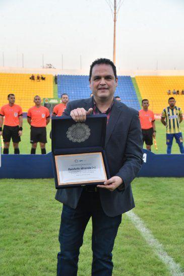 Carlos Mirnada