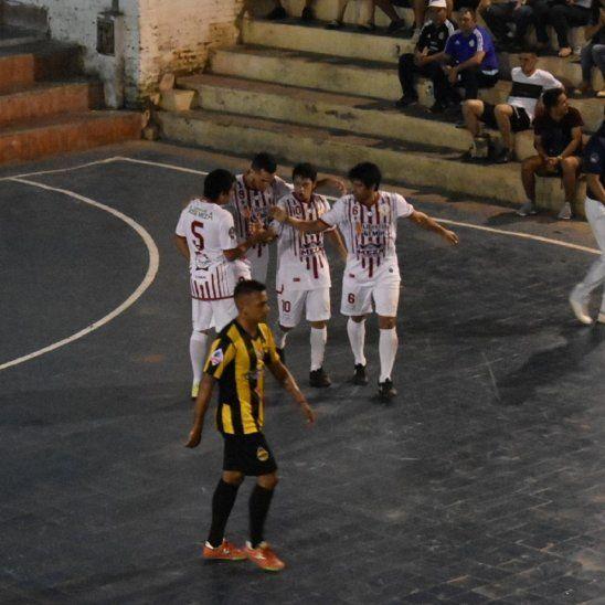 Sportivo José Meza venció de visitante a Atenas y lidera su grupo.
