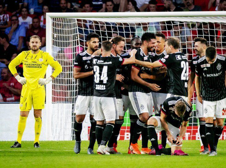 Omar Alderete celebra su primer gol con la camiseta del Basilea.