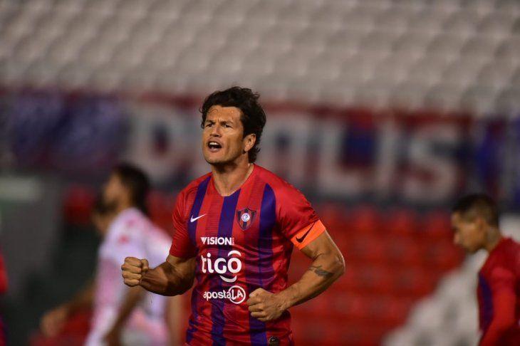 Nelson Haedo Valdez espera hacer un gran partido ante San Lorenzo de Almagro.