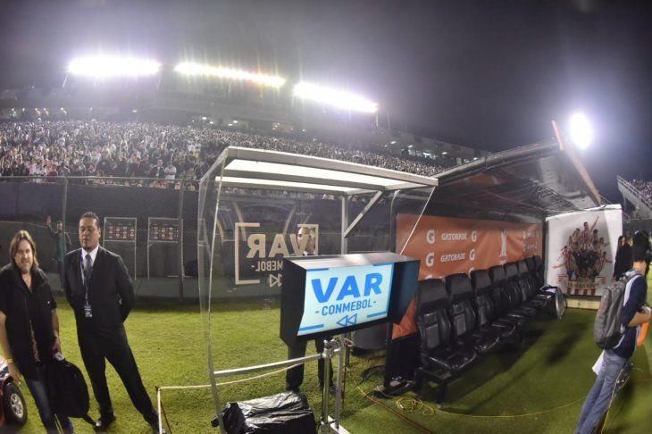 El VAR se usará por primera vez en Paraguay.