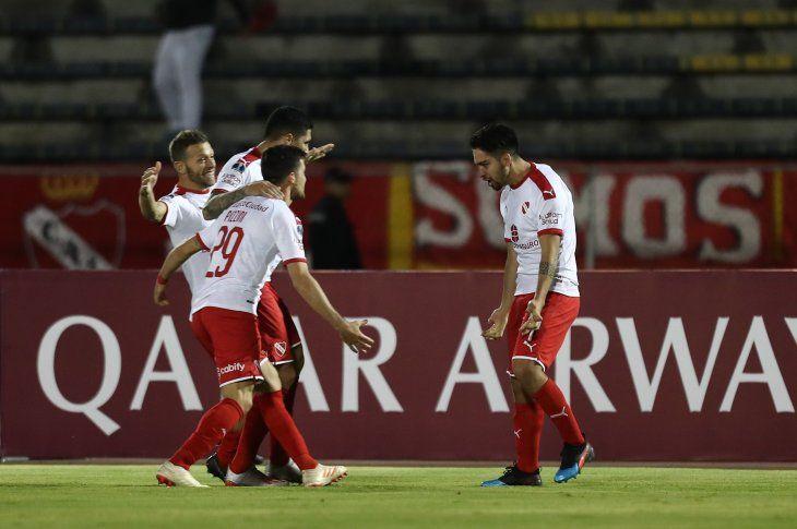 Independiente de Avellaneda avanzó a cuartos.