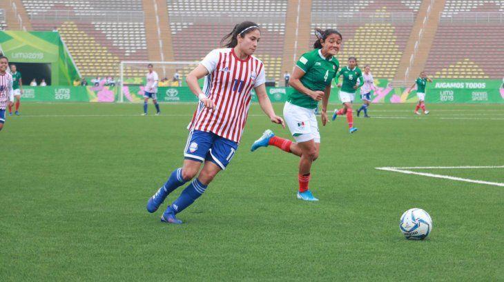 Va por más. Gloria Villamayor es una de las figuras de la Selección Paraguaya.