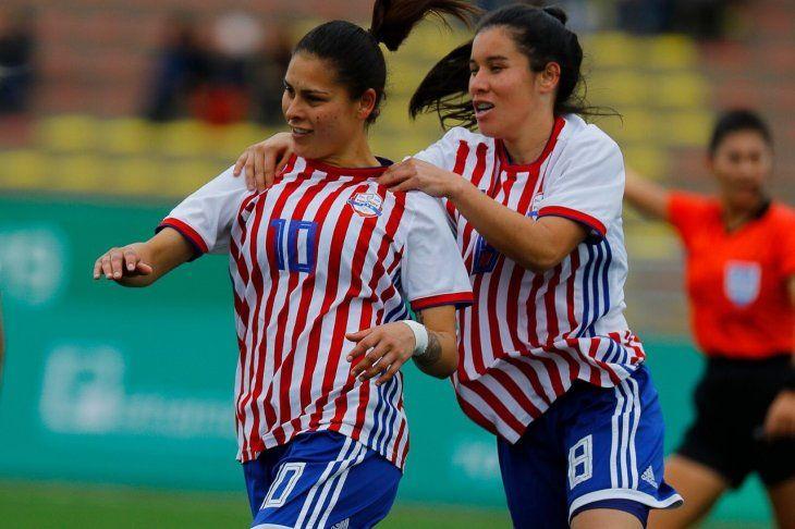 Argentina se asegura una histórica medalla en fútbol femenino