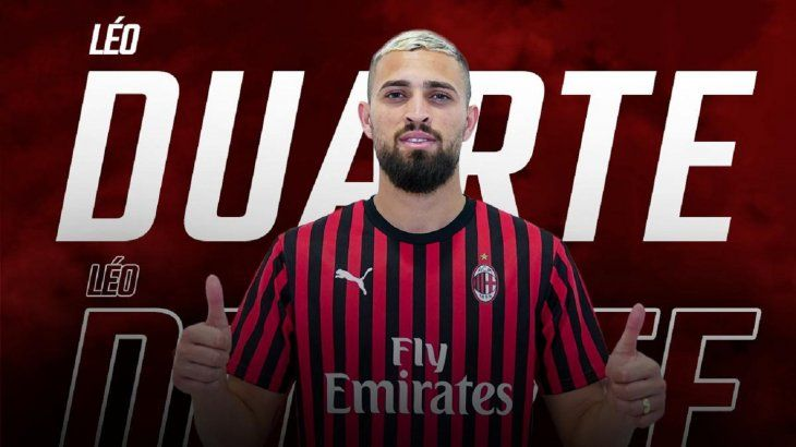 El central brasileño firmó con el Milan.