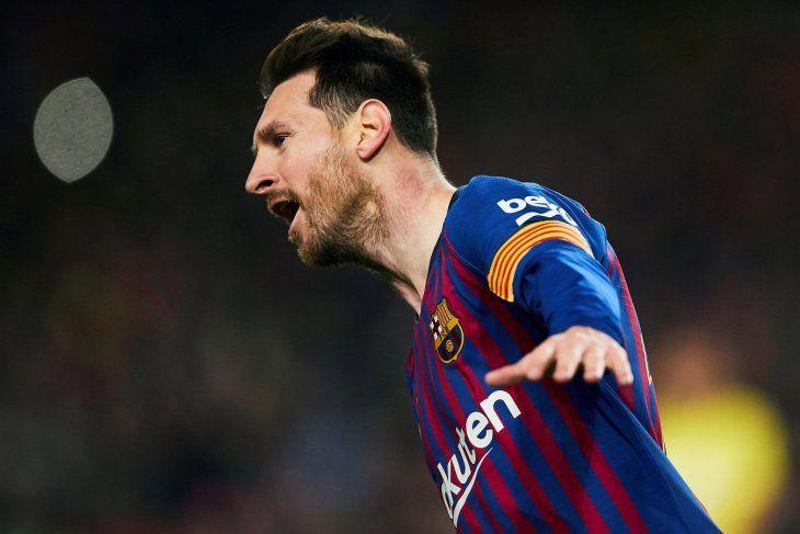 Messi convirtió el gol de la temporada ante Liverpool.