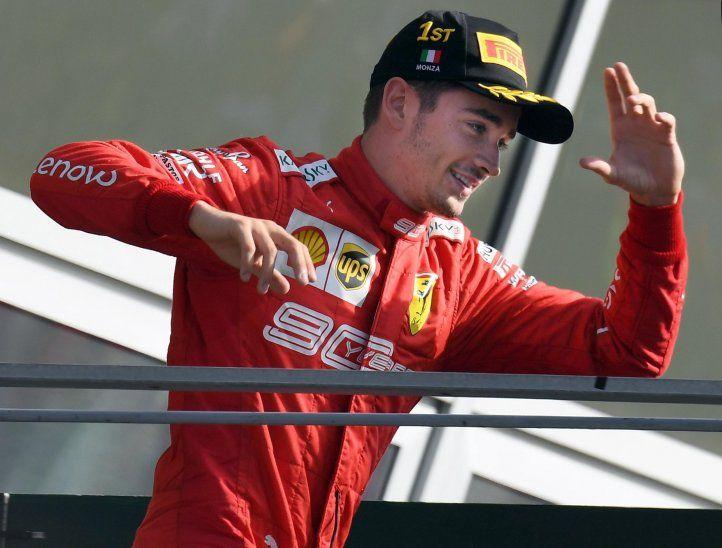 Leclerc emula a Alonso y se erige como el líder de Ferrari.