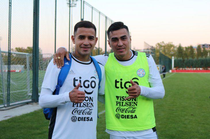 Derlis González junto a Darío Lezcano