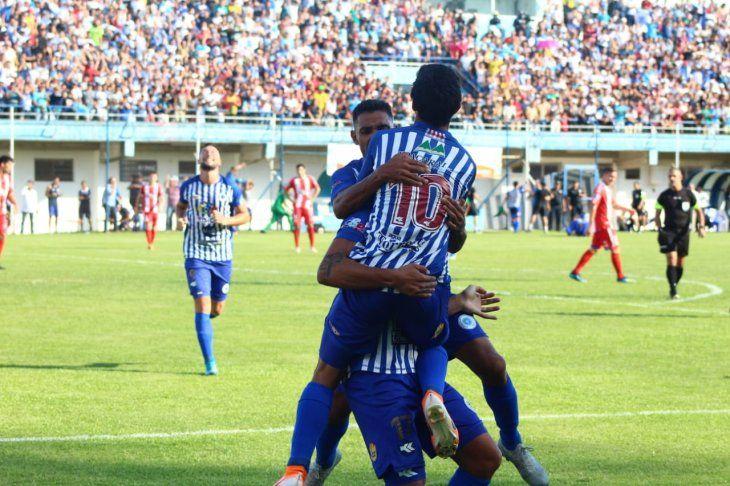 El equipo itaugüeño selló su vuelta a Primera.