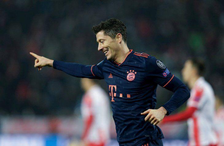 Robert Lewandowski celebra un gol de Bayern.