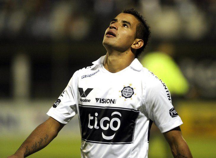 Derlis González está cerca de volver a Olimpia.