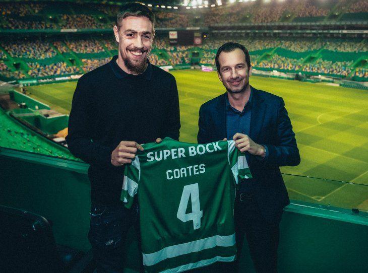El uruguayo Sebastián Coates seguirá ligado al Sporting de Portugal.