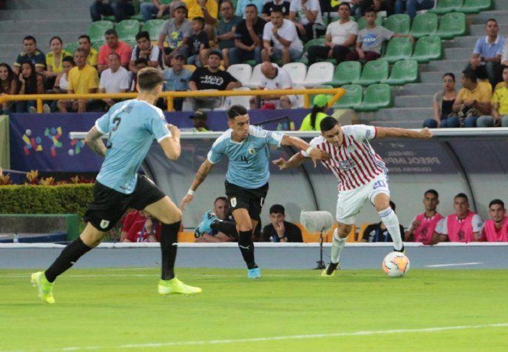 Paraguay cayó ante Uruguay en la primera fecha del Preolímpico.