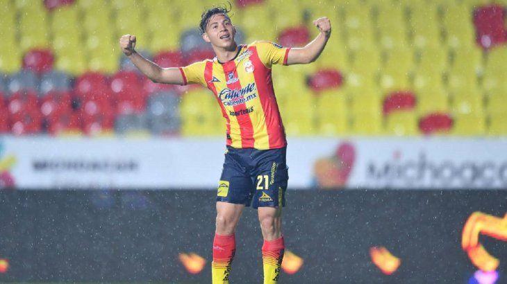 Sebastián Ferreira podría jugar en Libertad.