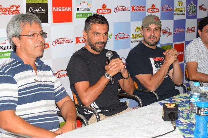 Santiago Salcedo fue presentado en Guaireña.
