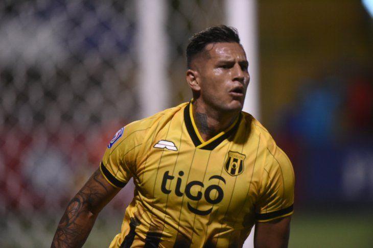 Raúl Bobadilla afirma que Guaraní irá por la victoria ante Corinthians.
