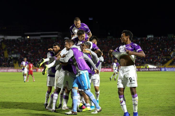 Fénix avanzó de ronda en la Sudamericana tras superar en la serie a El Nacional de Ecuador.