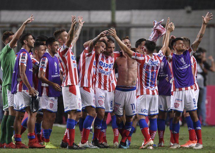 Unión de Santa Fe se clasificó a la segunda ronda de la Sudamericana.
