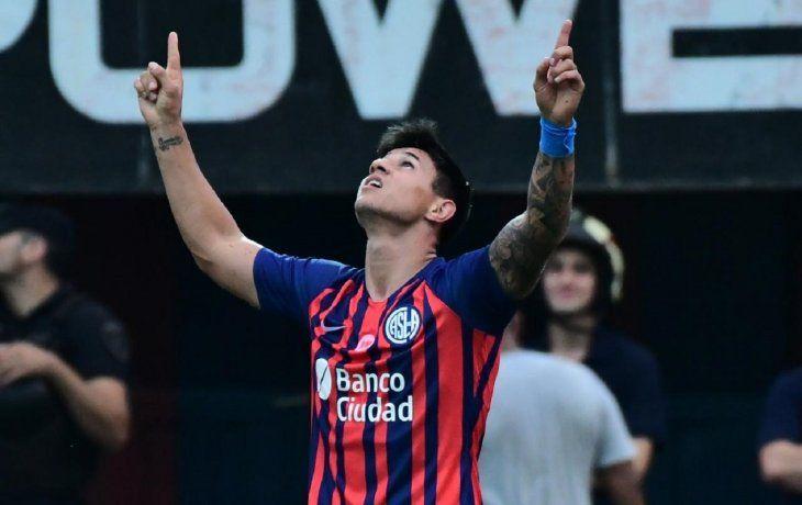 San Lorenzo le ganó un partidazo a Lanús en el Gasómetro