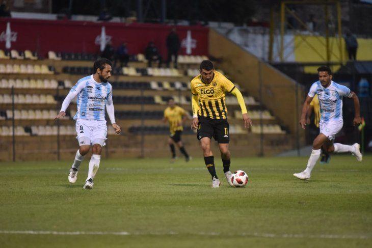 Guaraní igualó sin goles ante Guaireña en Dos Bocas.