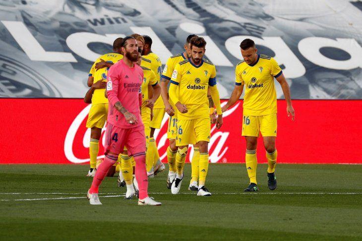 El Real Madrid cayó de local ante el Cádiz.
