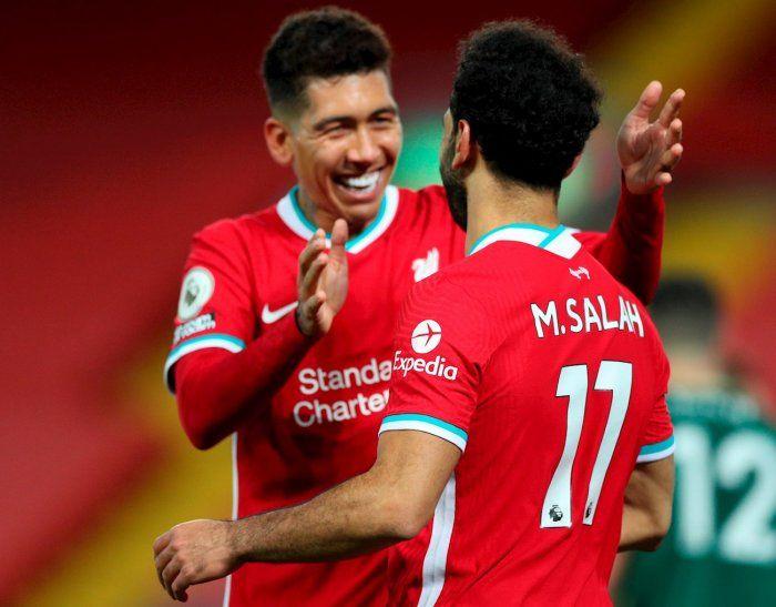 El brasileño hizo uno de los goles del Liverpool.