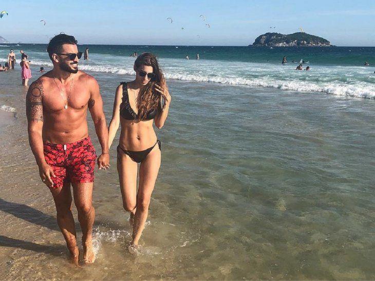 Carlitos y Gi, disfrutan de sus vacaciones.