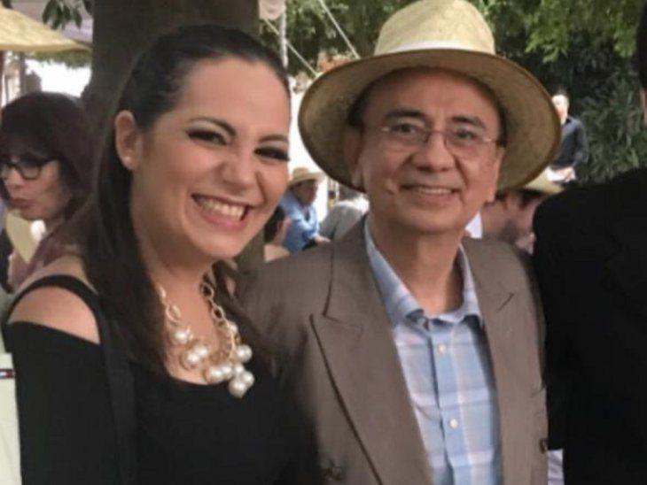 Clara Franco con el cumpleañero, don José.